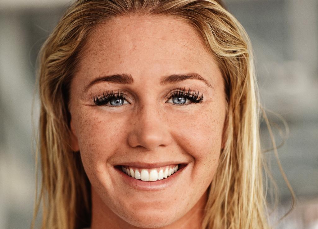 Svømmestjernen Jeanette Ottesen, der er udtaget til OL i Rio i år, åbner Ugerløse Friluftsbad. Foto: Team Danmark.