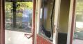 Brunhøjskolen i Holbæk i forfald - bl.a. fordi hærværksmænd smadrer vinduer. Screendump fra video.