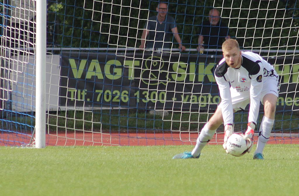 Målmand Christian Mortensen har forlænget sin kontrakt med Holbæk B&I for foreløbigt et halvt år. Arkivfoto: Rolf Larsen.