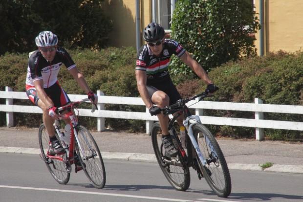 Torsdag var det de voksnes tur til at køre cykelløb i Holbæk. Foto: Rolf Larsen.
