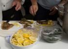 Der var også mulighed for at smage på varerne under Fladfiskfestivalen. Foto: Børge Pedersen.