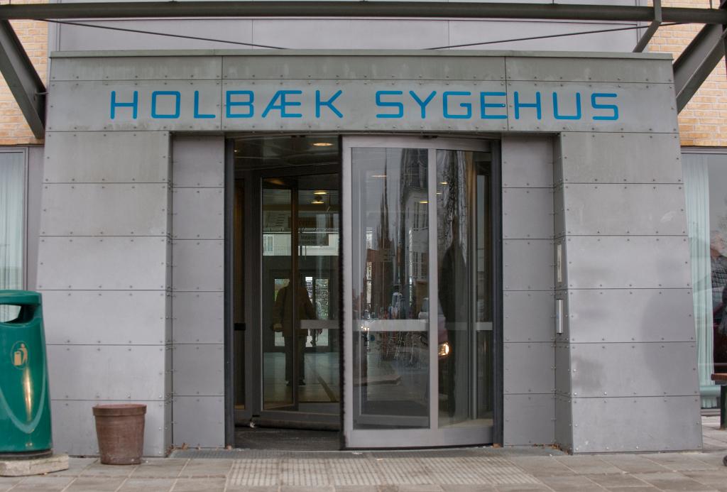 Et åbent vindue i et køkken på Holbæk Sygehus gav sur smiley og bøde i kontrolrapport. Foto: Region Sjælland.