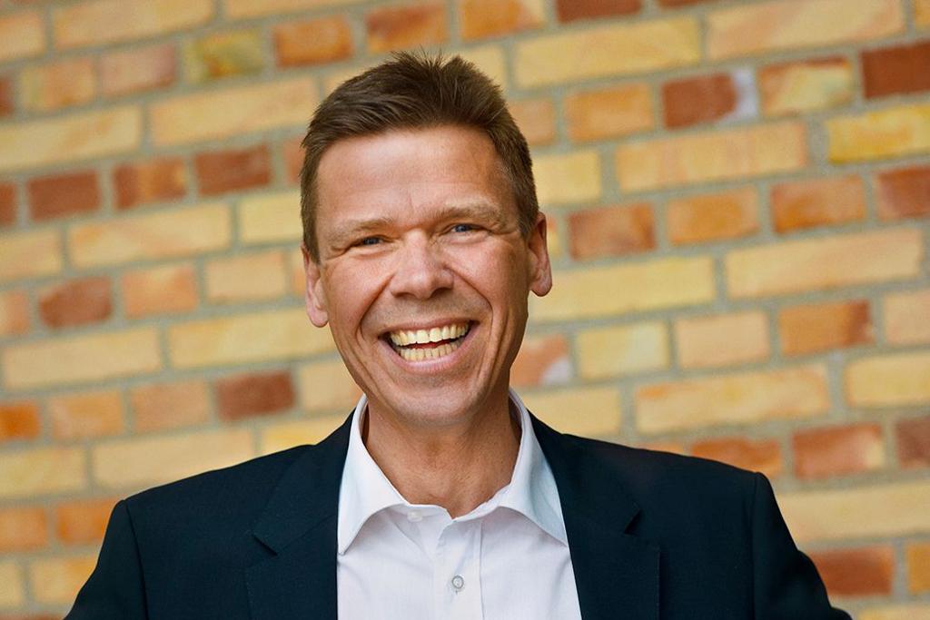 Administrerende direktør hos SEAS-NVE, Jesper Hjulmand glæder sig over, at SEAS-NVE kan være med til at støtte lokale fællesskaber. Foto: SEAS-NVE.