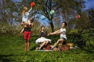 I aften kan Den Kgl. Ballet nydes i Strandparken - hvis vejret holder tørt.  PRfoto.
