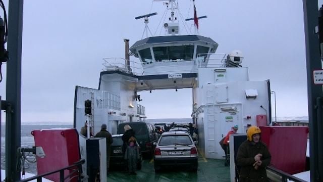 Orø-Holbæk Færgen skal på værft. I stedet indsættes der busser. Foto: Rolf Larsen.