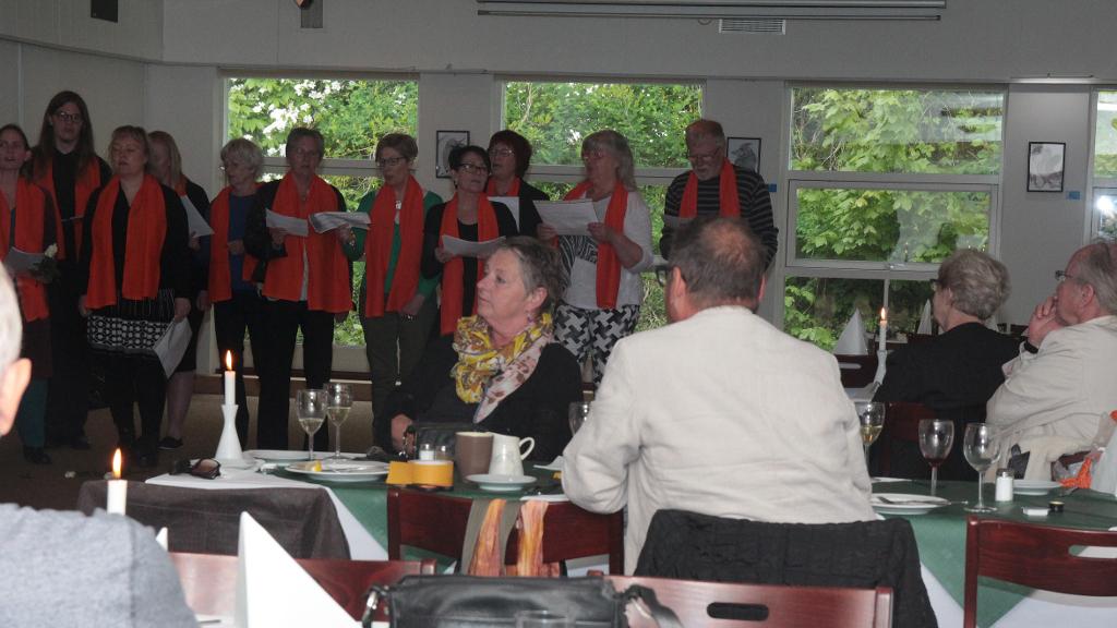 Musik og kunst i en skøn forening på Orø Kro. Foto: Jesper von Staffeldt.