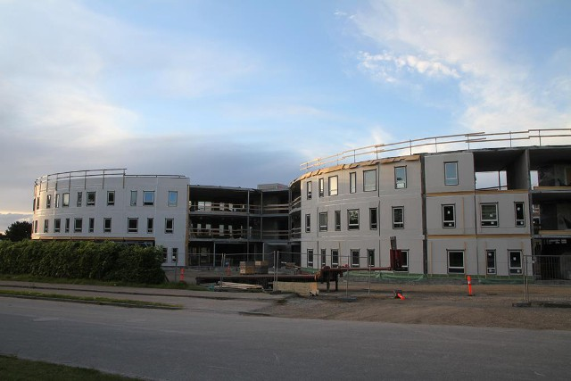 Det nye plejecenter på Samsøvej ligger hvor Bjergmarkkollegiet lå før. Foto: Morten Sundgaard.