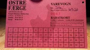 Som det fremgår af rabatkortet, så koster 60 enkeltture kr. 316,-  Det bliver til kr. 10,53 tur-retur med Østre færge. Foto: Jesper von Staffeldt.