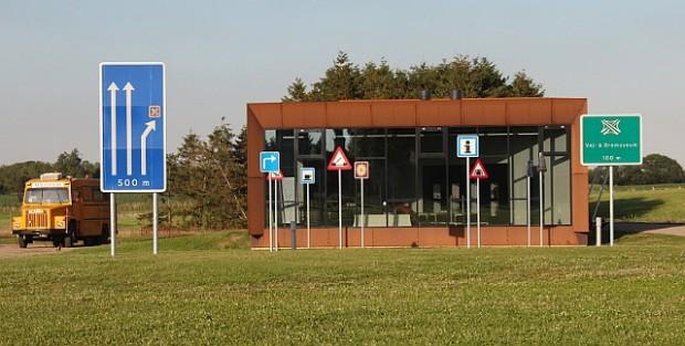Nu køber Holbæk Kommune det tidlgiere Vej- og Bromuseum.Foto: Rolf Larsen.